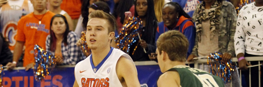Zach Hodskins looking for a team mate to pass the ball