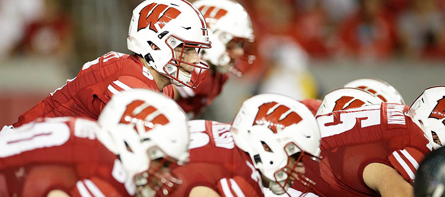NCAAF Betting: Notre Dame vs WisconsinAnalysis